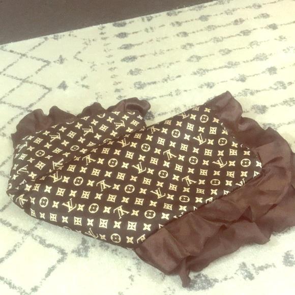9674ec5f69143 Luis Vuitton baby blanket